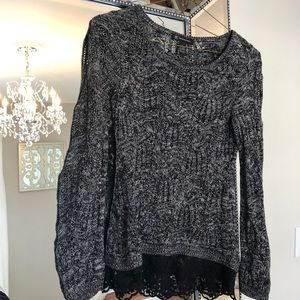 Black and white marbles open weave top